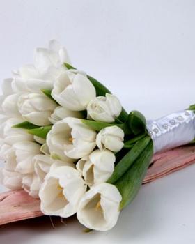 זר פרחים לכלה
