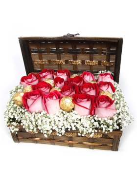 תיבת ורדים ופרלינים